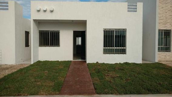 Casa Nueva En Fraccionamiento Las Americas