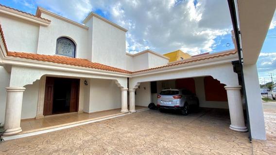 Hermosa Casa Amplia En Ubicación Privilegiada En Zona Norte