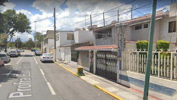 Casa En Venta En La Col. Federal, En Toluca (larl)