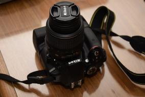 Câmera Nikon D3300 + 2 Lentes + Grip + 2 Baterias