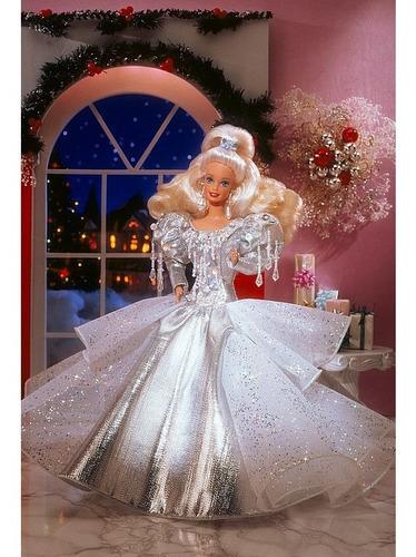 Imagem 1 de 6 de 1992 Happy Holidays Barbie Doll
