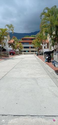 Imagen 1 de 7 de Apartamento En Mirasierra Villas