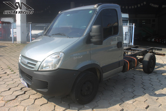 Iveco Daily 35s14 - Ano: 2010 - No Chassi