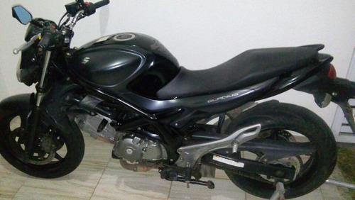 Imagem 1 de 6 de Suzuki Gladius