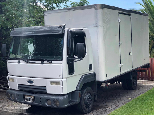 Camion Ford Cargo 712