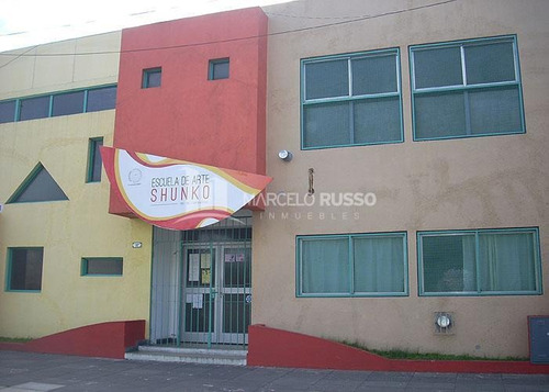 Imagen 1 de 14 de Edificio Educativo