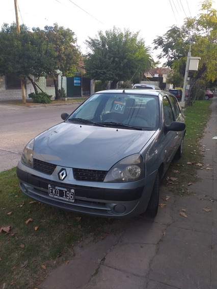 Renault Clio 1.6 16v Authentique 2004