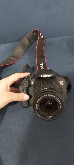 Máquina Fotográfica Canon T5i Semi Nova