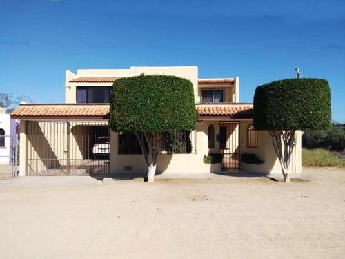 Imagen 1 de 12 de Casa Sola En Venta La Fuente