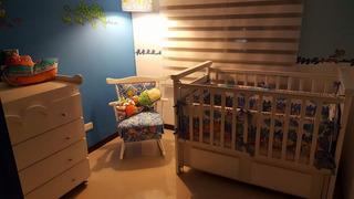 Hermoso Cuarto Blanco Para Bebe, Cuna, Cambiador Y Accesori