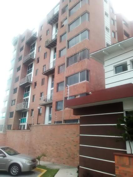 Apartamento En Urbanización El Rosario