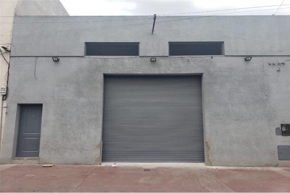 Alquiler + Galpón Comercial + 300 M2 + Zona Centro