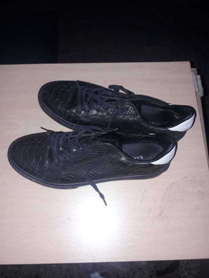 Zapatillas Hombre, Sarkany