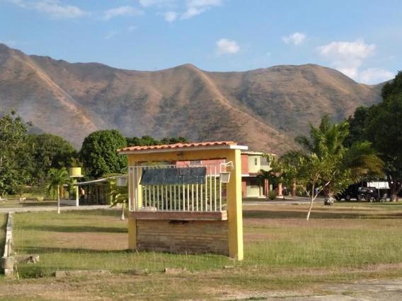 Finca Avicola En Venta, Urb Vigirima, 21-44 Ajc