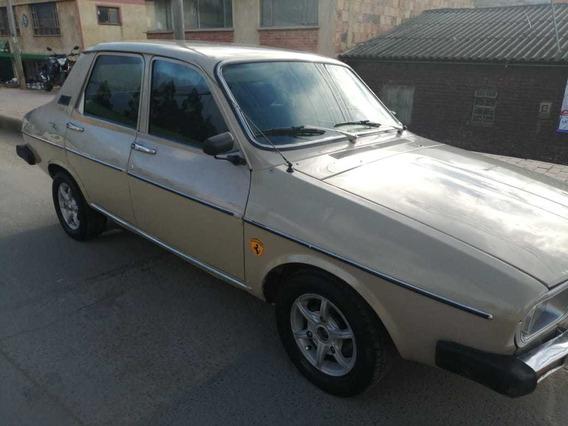 Renault 12, Cuatro Puertas