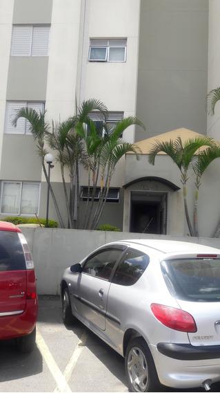 Apartamento De 48 M2 Com Dois Dormitórios E 1 Banheiro