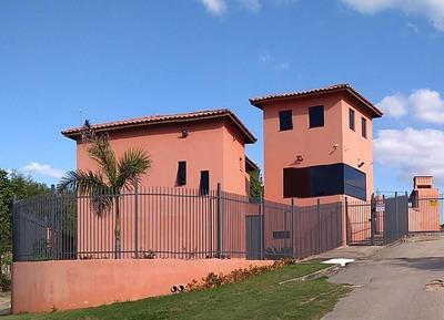 Vende-se Terreno Em Condomínio No Caputera- Sorocaba - Te0874