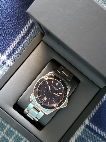 Relógio Victorinox Maverick Large Azul