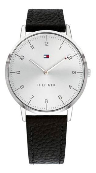 Relojanálogo Marca Tommy Hilfiger Modelo: 1791585 Color Negr