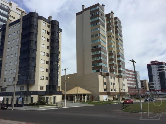 Apartamento Em Centro Com 2 Dormitórios - Lu270919
