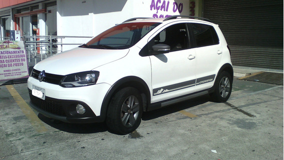 Volkswagen Cross Fox 2012 - 1.6 - Branco - Completo