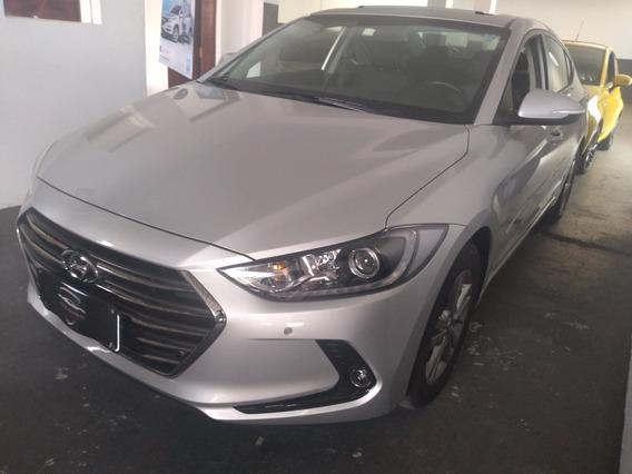 Hyundai Elantra 2.0 16v Gls Flex Aut. 4p 2018