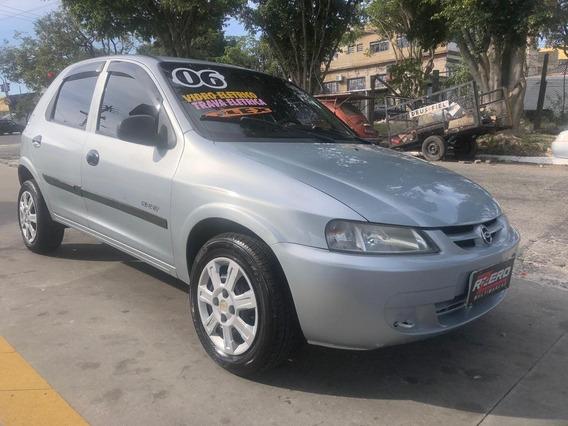 Chevrolet Celta 2006 Vidros E Travas Elétricas 1.0 Flex