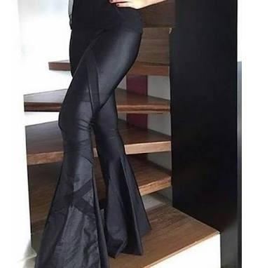Calça Super Flare Legging Disco Hot Pants Cirre. Marluci C19