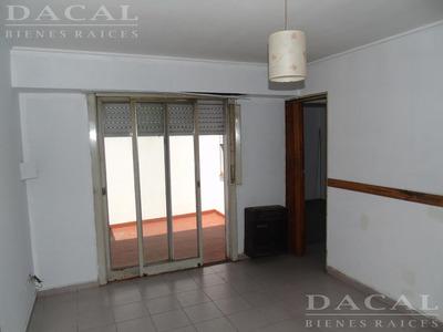 Departamento En La Plata Calle 13 E/ 37 Y 38 Dacal Bienes Raices