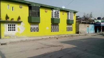 Casa En Venta En Buena Ubicación A 10 Min. López Portillo