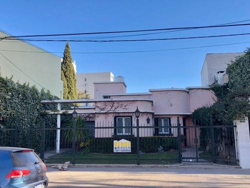 Imagen 1 de 18 de Casa En Venta En Bahía Blanca