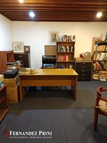 Muy Buena Oficina Interna - Florida 470 - San Nicolas