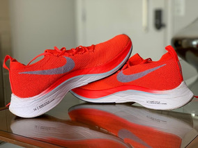 Tênis Nike Vaporfly 4% Flyknit Unissex - Tam.39(7.5) - Usado