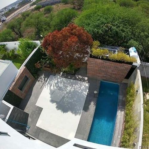 Imagen 1 de 21 de Estrena Residencia En Lomas De Juriquilla, Alberca Propia, J