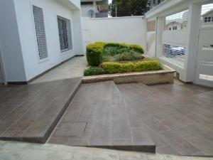 Casa En Venta La Viña,valencia Cod 20-9684 Ddr