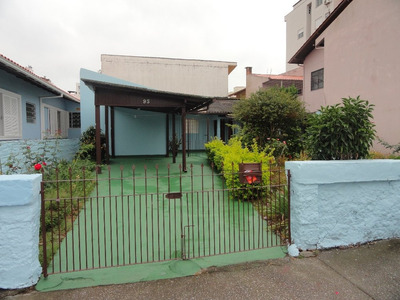 Casa Para Alugar No Bairro Trindade. - C02209