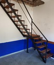 Escaleras De Hierro Y Madera A Medida Rectas Y Caracol