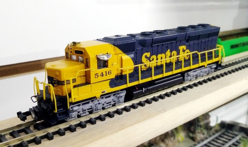 Locomotora Diesel Santa Fé 5416 - Bachmann Spectrum  N 1/160