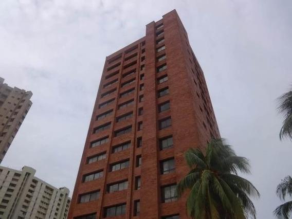 Apartamento En Venta. El Milagro. Mls 20-6802.