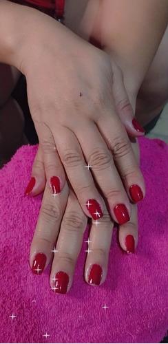 Imagem 1 de 1 de Manicure E Cabeleireira