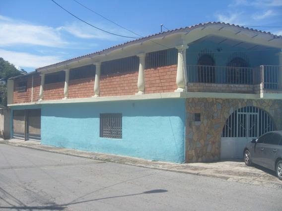 Casa En Venta De Oportunidad En La Cooperativa 04243050970