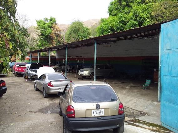 Venta De Taller En La Pedrera 04243776638