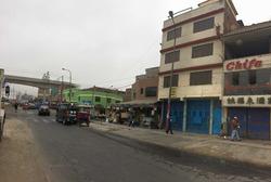 Se Alquila Excelente Local Comercial En La Av Santa Rosa-sjl