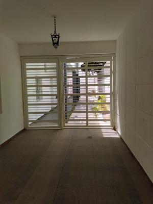 Alquiler Apartamentos De Una Habitación En Gazcue,