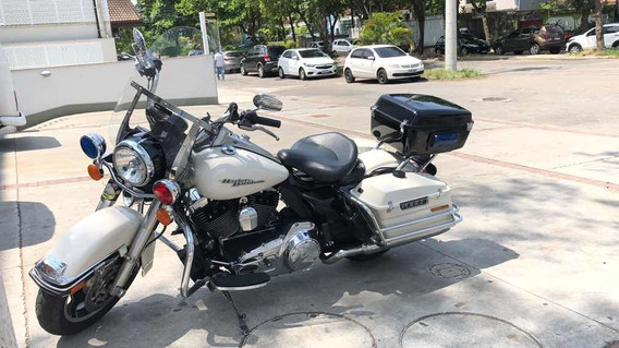 Harley Davidson Road King Police
