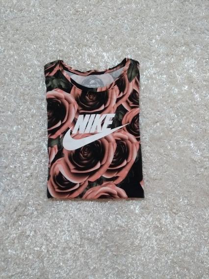 Floral Tee Nike Talla Xl