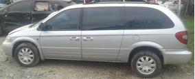 Chrysler Gran Caravan 2005 Gasolina
