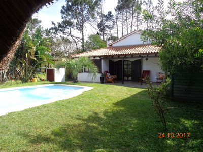 Casa Tipo Chalet En La Paloma, 3 Dorm, Piscina, Acepta Banco