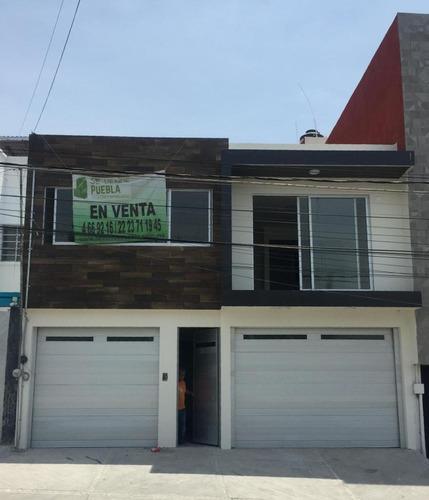 Casa En Venta, Col. La Paz