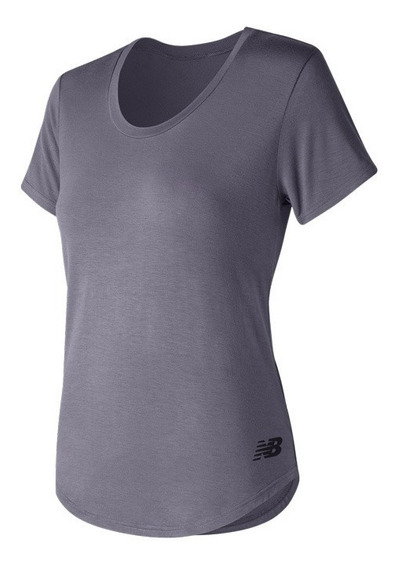 Remera New Balance Mujer Básica Scoop Neck Tee Wt71569